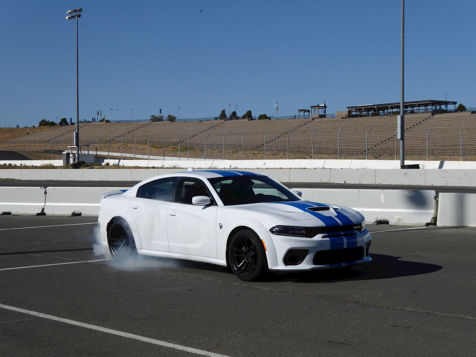 2020 Dodge Charger SRT Hellcat Widebody styling blue stripes burnout