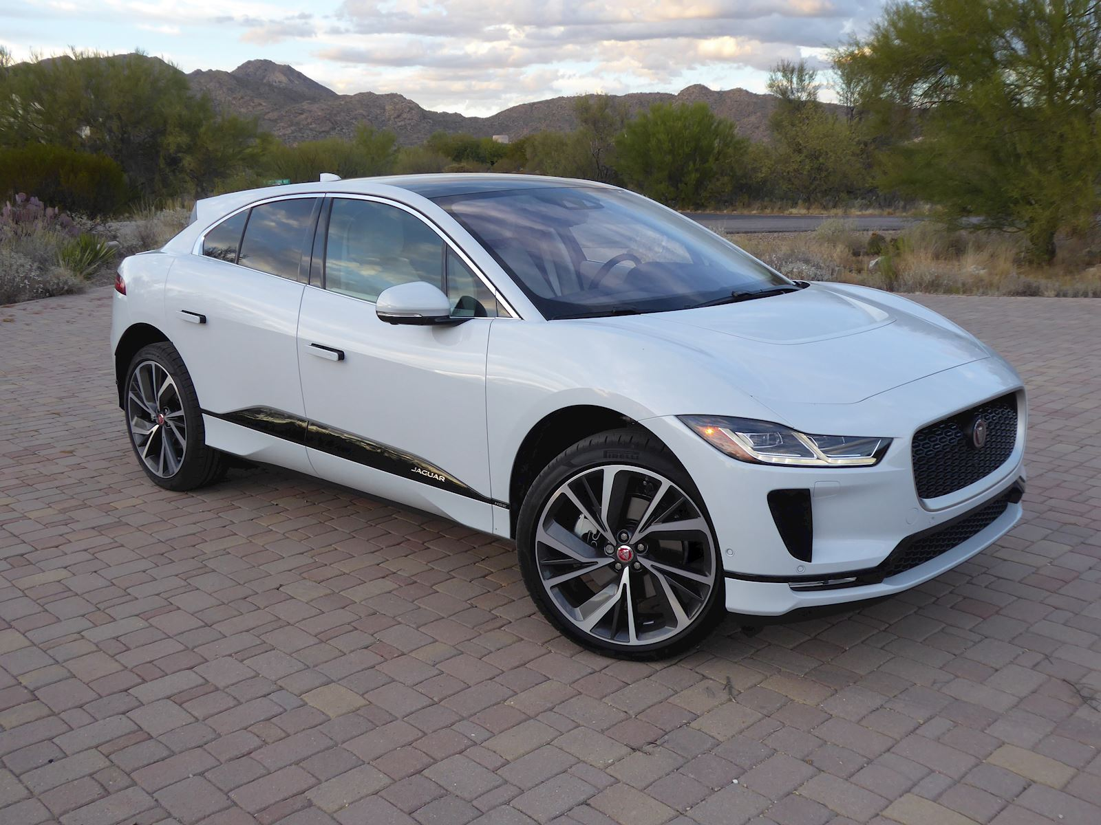 2020 Jaguar I-Pace front and side view exterior
