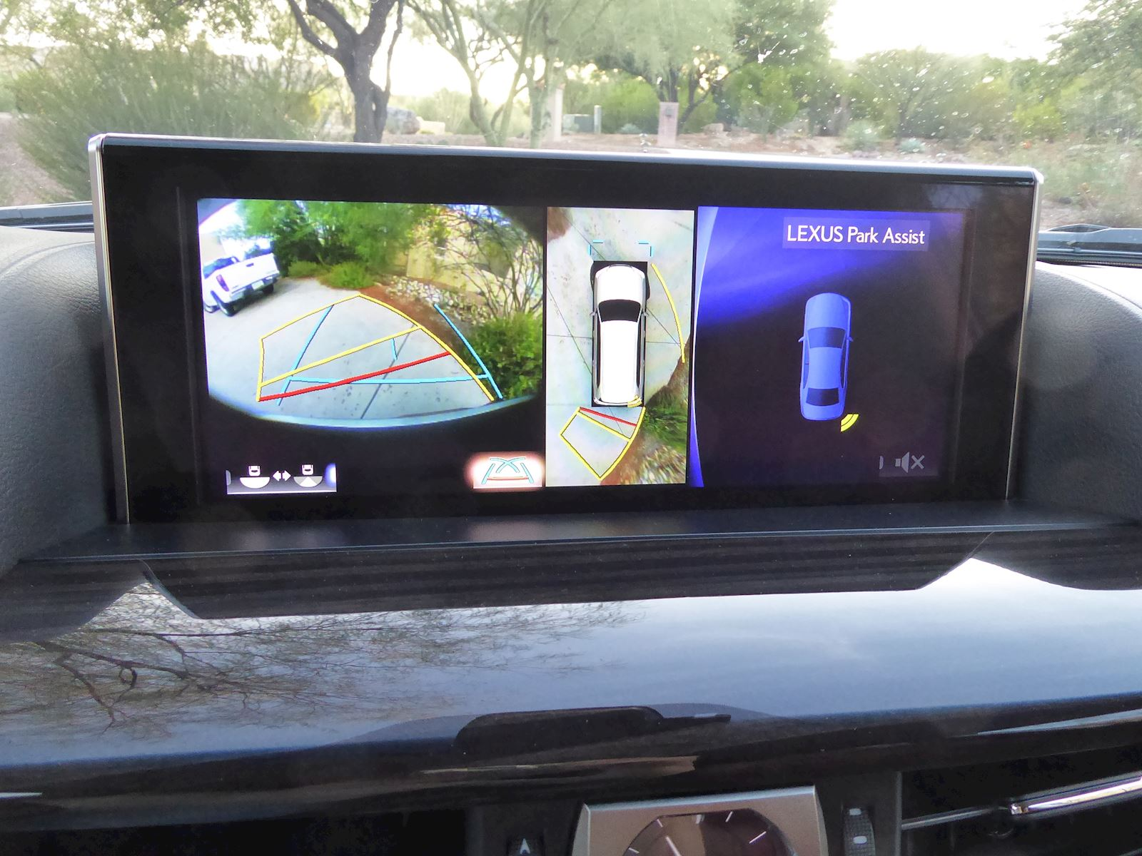 2020 Lexus LX 570 Backup Camera