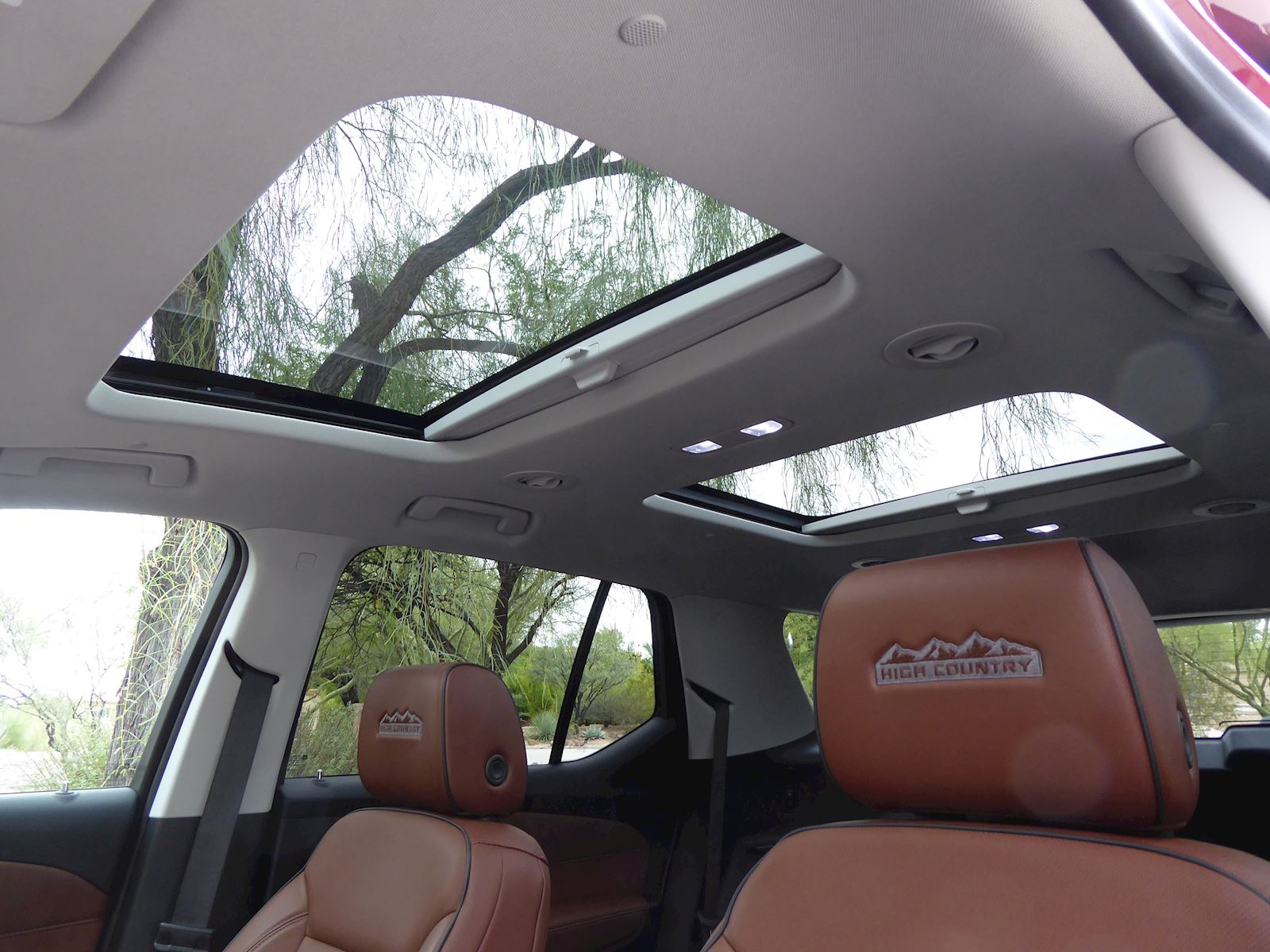 2020 Chevrolet Traverse interior panoramic sunroof