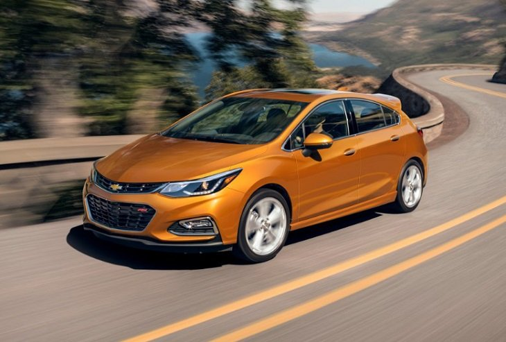 2018 Chevrolet Cruze Hatch photo