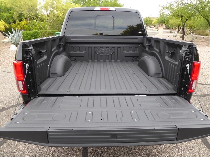 2019 Ford F-150 pickup bed photo