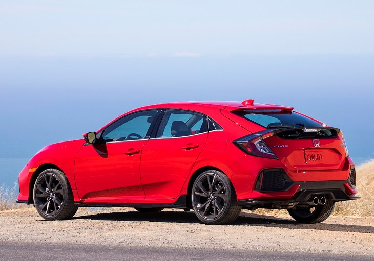 2019 Honda Civic Hatchback photo
