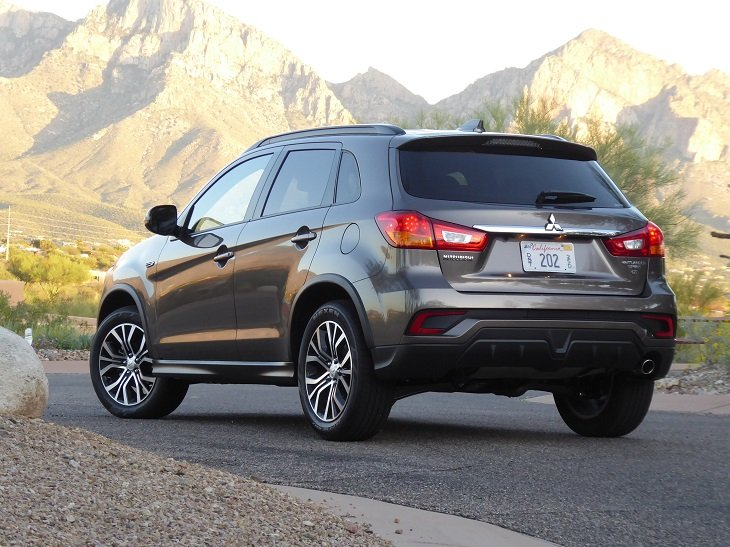 2019 Mitsubishi Outlander Sport GT photo