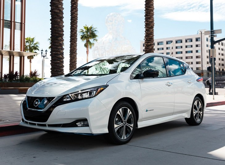 2019 Nissan Leaf Plus photo