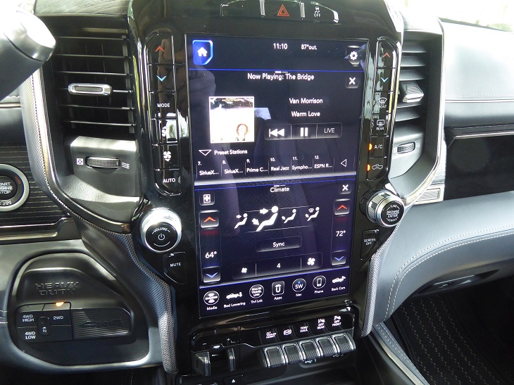 2019 Ram 2500 HD infotainment system photo
