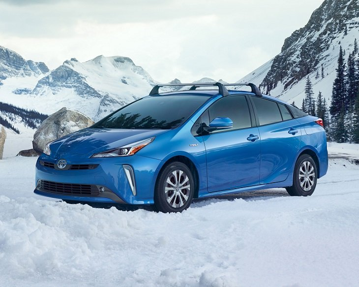 2019 Toyota Prius AWD-e photo