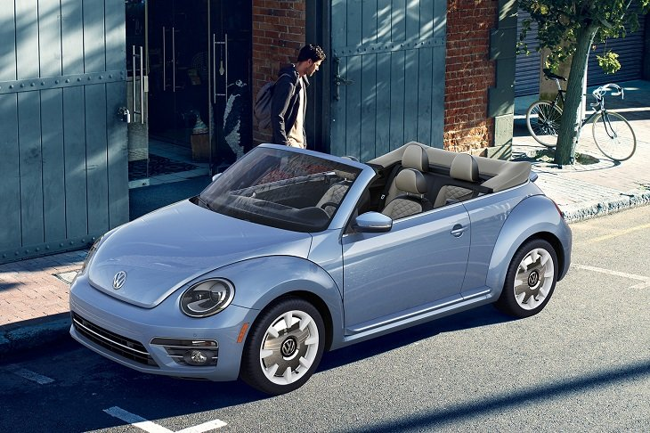 2019 Volkswagen Beetle Convertible Final Edition photo