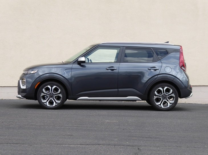 2020 Kia Soul X-Line side profile photo