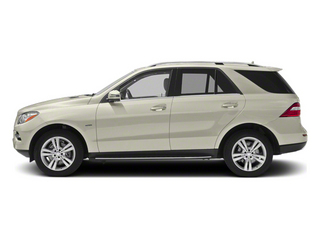 Diamond White Metallic 2012 Mercedes-Benz M-Class Pictures M-Class Utility 4D ML350 BlueTEC AWD photos side view
