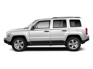 Bright White 2013 Jeep Patriot Pictures Patriot Utility 4D Limited 2WD photos side view