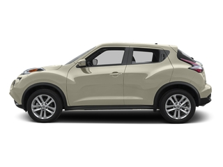 White Pearl 2015 Nissan JUKE Pictures JUKE Utility 4D NISMO 2WD I4 Turbo photos side view