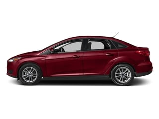 Ruby Red Metallic Tinted Clearcoat 2017 Ford Focus Pictures Focus Sedan 4D SE I4 photos side view