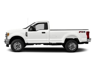 Oxford White 2017 Ford Super Duty F-250 SRW Pictures Super Duty F-250 SRW Regular Cab XLT 2WD photos side view