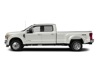 White Platinum Metallic Tri-Coat 2017 Ford Super Duty F-450 DRW Pictures Super Duty F-450 DRW Crew Cab Lariat 4WD T-Diesel photos side view