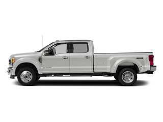 Oxford White 2017 Ford Super Duty F-450 DRW Pictures Super Duty F-450 DRW Crew Cab Lariat 4WD T-Diesel photos side view