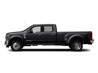 Shadow Black 2017 Ford Super Duty F-450 DRW Pictures Super Duty F-450 DRW Crew Cab King Ranch 4WD T-Diesel photos side view