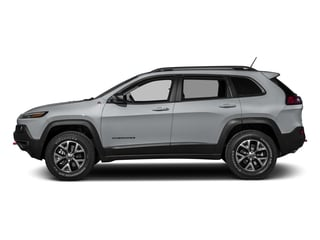 Billet Silver Metallic Clearcoat 2017 Jeep Cherokee Pictures Cherokee Trailhawk 4x4 *Ltd Avail* photos side view