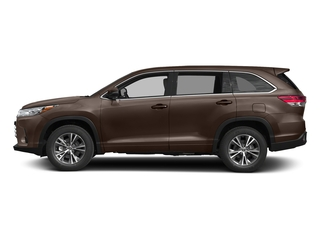 Toasted Walnut Pearl 2017 Toyota Highlander Pictures Highlander Utility 4D LE 4WD V6 photos side view