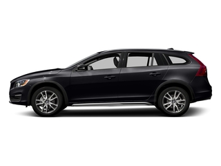 Onyx Black Metallic 2017 Volvo V60 Cross Country Pictures V60 Cross Country Wagon 5D T5 Platinum AWD I4 Turbo photos side view