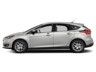Oxford White 2018 Ford Focus Pictures Focus Hatchback 5D SEL photos side view
