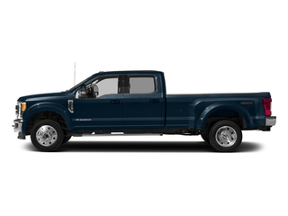 Blue Jeans Metallic 2018 Ford Super Duty F-450 DRW Pictures Super Duty F-450 DRW Crew Cab XLT 4WD T-Diesel photos side view