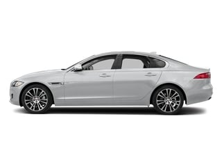 Yulong White Metallic 2018 Jaguar XF Pictures XF Sedan 20d Prestige AWD photos side view