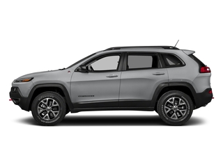 Billet Silver Metallic Clearcoat 2018 Jeep Cherokee Pictures Cherokee Utility 4D Trailhawk 4WD photos side view