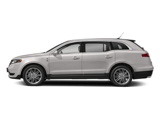 White Platinum Metallic Tri-Coat 2018 Lincoln MKT Pictures MKT Wagon 4D Town Car AWD V6 photos side view
