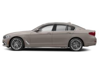 Cashmere Silver Metallic 2019 BMW 5 Series Pictures 5 Series 530e xDrive iPerformance Plug-In Hybrid photos side view