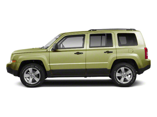 Optic Green Metallic 2010 Jeep Patriot Pictures Patriot Utility 4D Sport 2WD photos side view