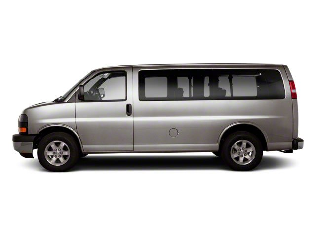 Pure Silver Metallic 2011 GMC Savana Passenger Pictures Savana Passenger Savana LS 135 photos side view
