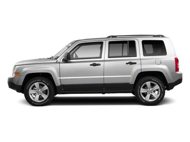 Bright Silver Metallic 2012 Jeep Patriot Pictures Patriot Utility 4D Limited 2WD photos side view