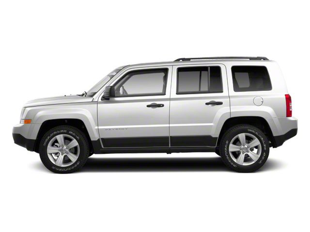 Bright White 2012 Jeep Patriot Pictures Patriot Utility 4D Sport 2WD photos side view