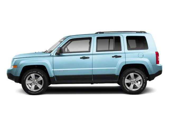 Winter Chill Pearl 2013 Jeep Patriot Pictures Patriot Utility 4D Limited 2WD photos side view