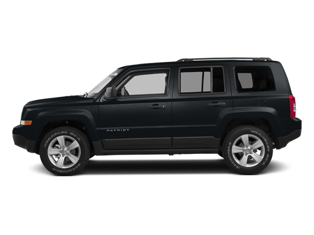 Maximum Steel Metallic Clearcoat 2014 Jeep Patriot Pictures Patriot Utility 4D Latitude 4WD photos side view
