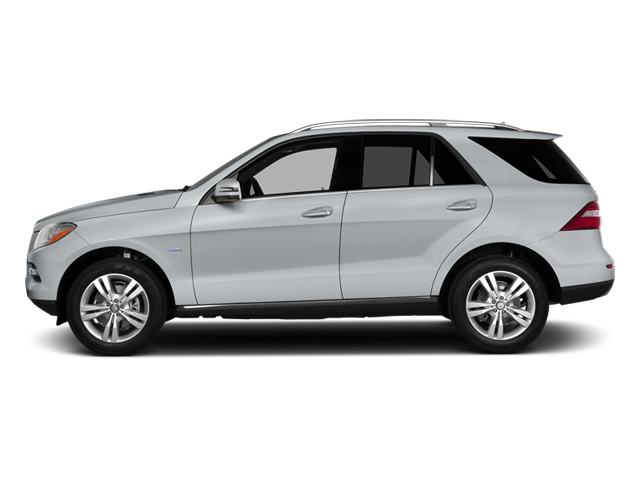 Diamond Silver Metallic 2014 Mercedes-Benz M-Class Pictures M-Class Utility 4D ML350 2WD V6 photos side view