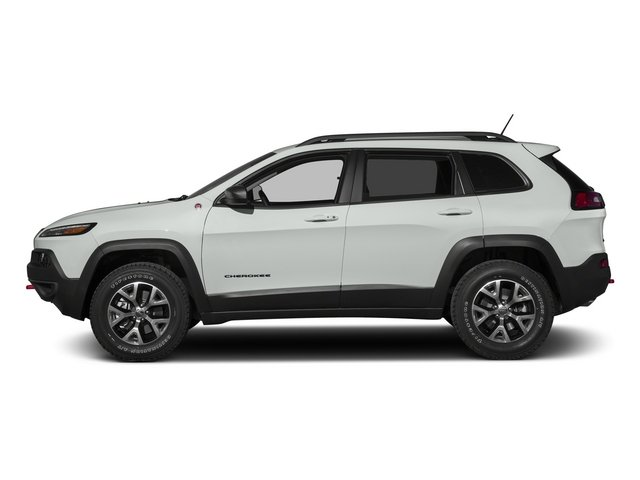 Bright White Clearcoat 2015 Jeep Cherokee Pictures Cherokee Utility 4D Trailhawk 4WD photos side view