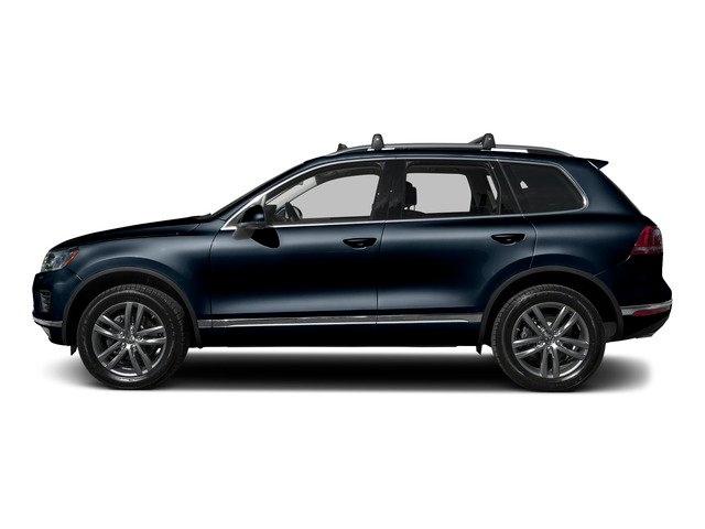 Moonlight Blue Pearl 2015 Volkswagen Touareg Pictures Touareg Utility 4D Executive AWD V6 photos side view