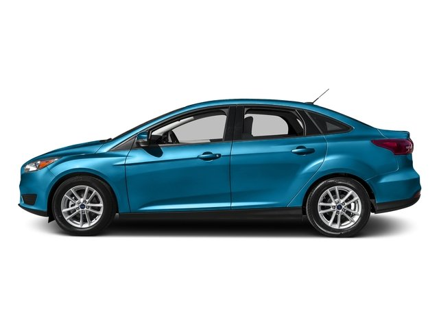 Blue Candy Metallic Tinted Clearcoat 2016 Ford Focus Pictures Focus Sedan 4D SE I4 photos side view