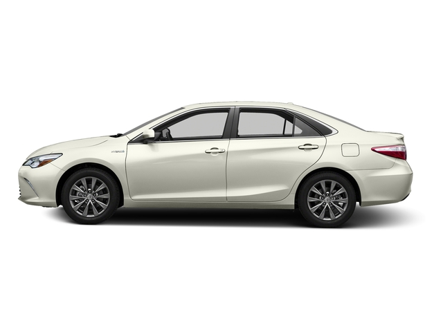 Blizzard Pearl 2016 Toyota Camry Hybrid Pictures Camry Hybrid Sedan 4D SE I4 Hybrid photos side view