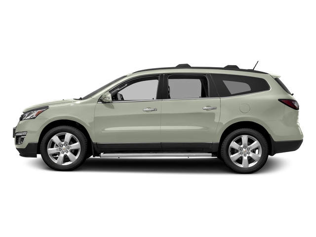 Iridescent Pearl Tricoat 2017 Chevrolet Traverse Pictures Traverse AWD 4dr LT w/1LT photos side view