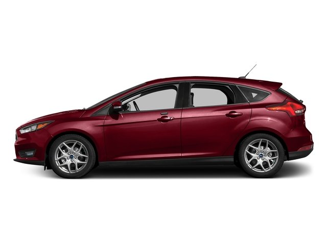 Ruby Red Metallic Tinted Clearcoat 2017 Ford Focus Pictures Focus Hatchback 5D SE I4 photos side view