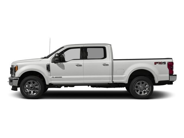 Oxford White 2017 Ford Super Duty F-250 SRW Pictures Super Duty F-250 SRW Crew Cab King Ranch 4WD photos side view