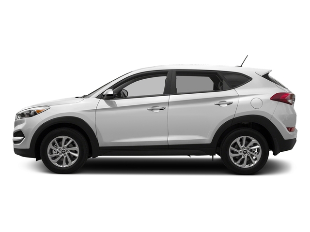 Dazzling White 2017 Hyundai Tucson Pictures Tucson SE AWD photos side view