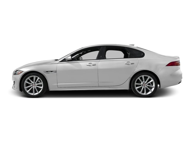 Gallum Silver 2017 Jaguar XF Pictures XF 35t R-Sport RWD photos side view