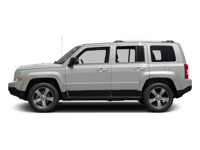 Bright White Clearcoat 2017 Jeep Patriot Pictures Patriot Latitude FWD photos side view