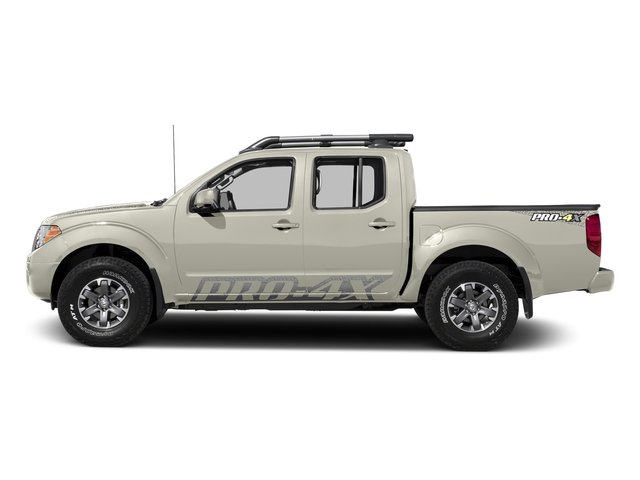 Glacier White 2017 Nissan Frontier Pictures Frontier Crew Cab PRO-4X 4WD photos side view