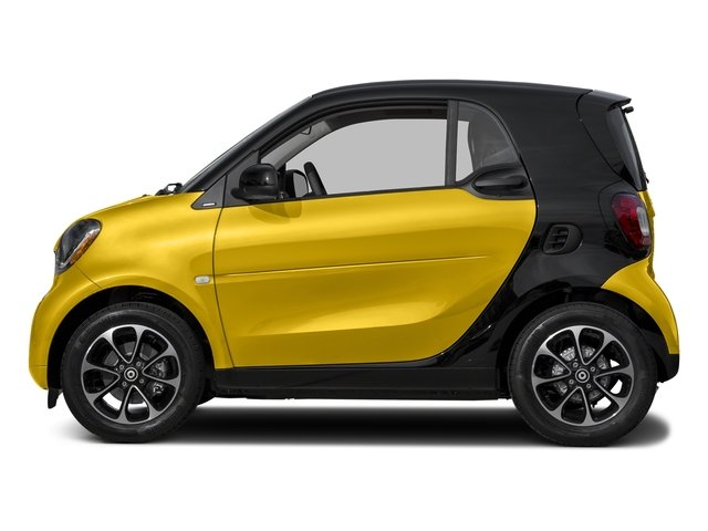 Black-to-Yellow Metallic 2017 smart fortwo Pictures fortwo Coupe 2D Pure I3 Turbo photos side view