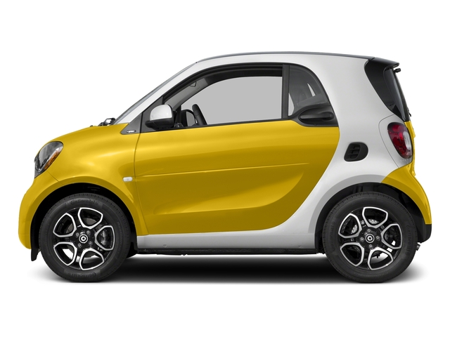 Black-to-Yellow Metallic 2017 smart fortwo Pictures fortwo Coupe 2D Proxy I3 Turbo photos side view